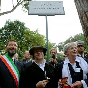 innaugurazione_piazza Martin Lutero