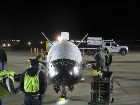 X-37B spaceplane shortly after landing