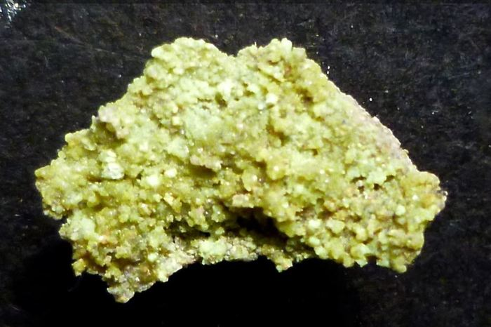 L'andersonite, découvert dans une mine en Arizona - Crédit : Trevor Boyd/Causeway Minerals