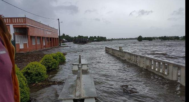 Inondations et dégats du cyclone Enawo à Madagascar - Crédit : Maroantsetra Mada sur Twitter.