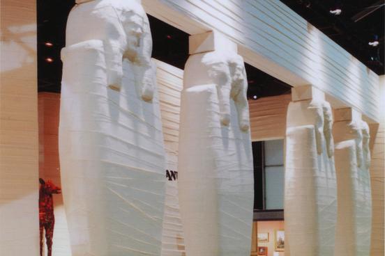 M&O Giant Egyptian mummies 080