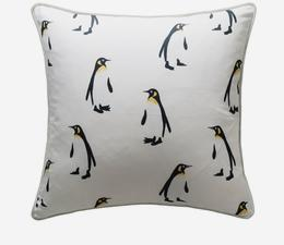 Tux_Snow_Cushion