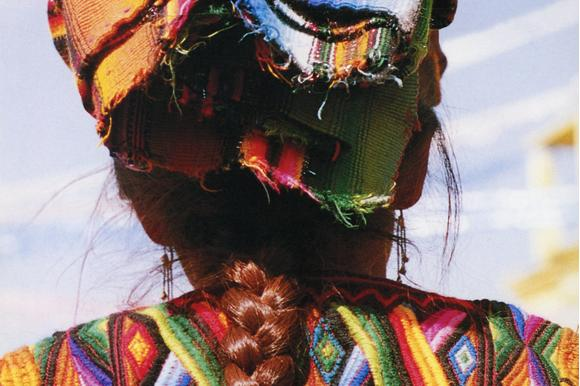 lady_oaxaca_plaits_threads_of_colour