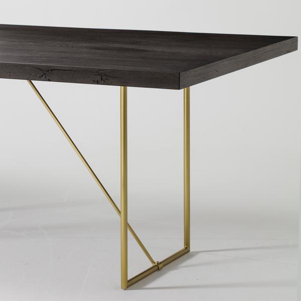 Bridge_Dining_Table_Detail