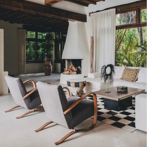 San_Carlos_living_room