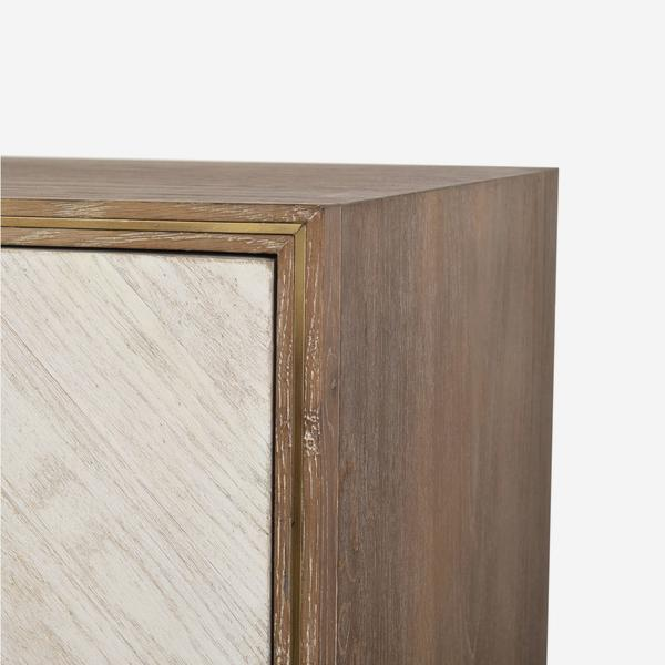 Kinvara_Sideboard_Light_Detail_2