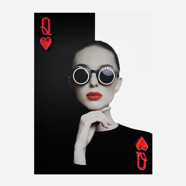 queen_of_hearts_on