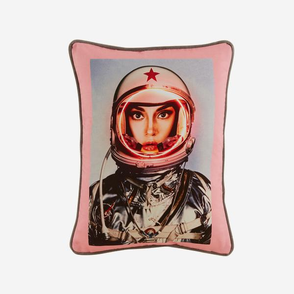 Space_Girl_Cushion_Front