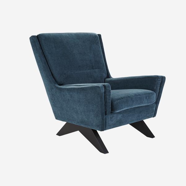 Finn_Chair_Angle_CH1050