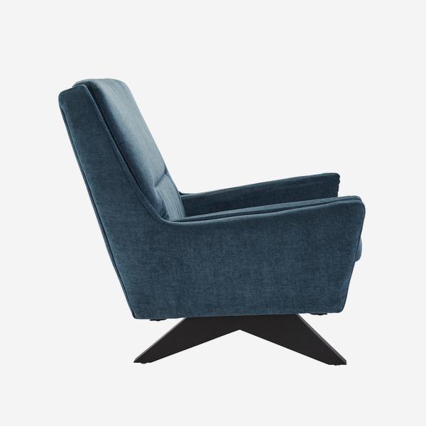 Finn_Chair_Side_CH1050