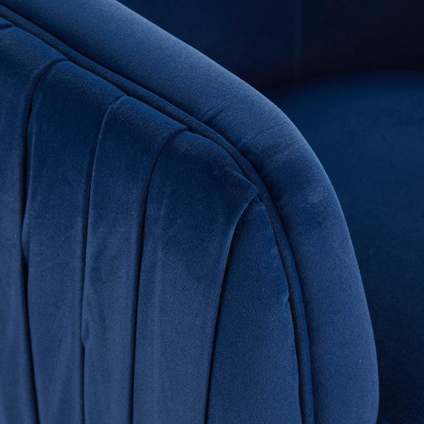 Pippa_Chair_Blue_Detail_CH1044