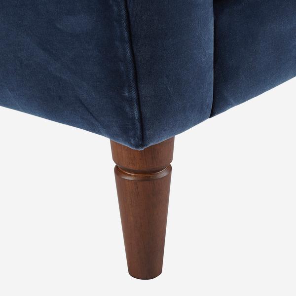 Thea_Sofa_Navy_Leg_Detail_SOF0635