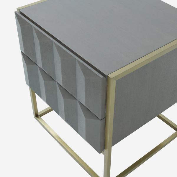 Louis_Side_Table_Detail