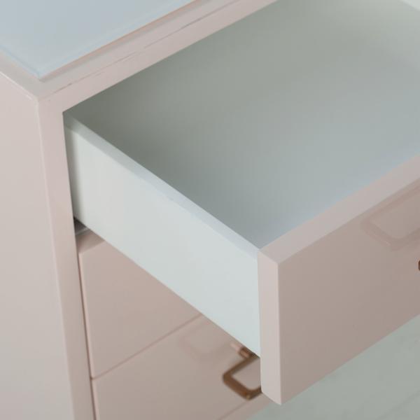 Diaz_Sideboard_detail1