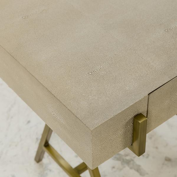 Delilah_side_table_detail2