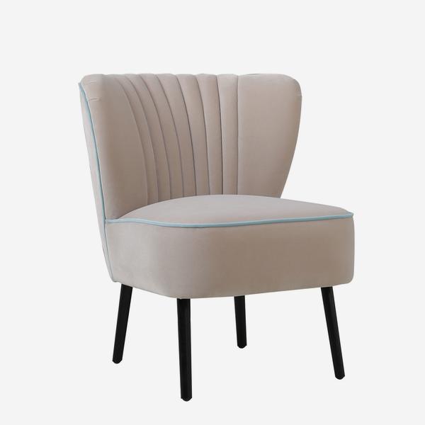 Peggy_Chair_Buff_Angle
