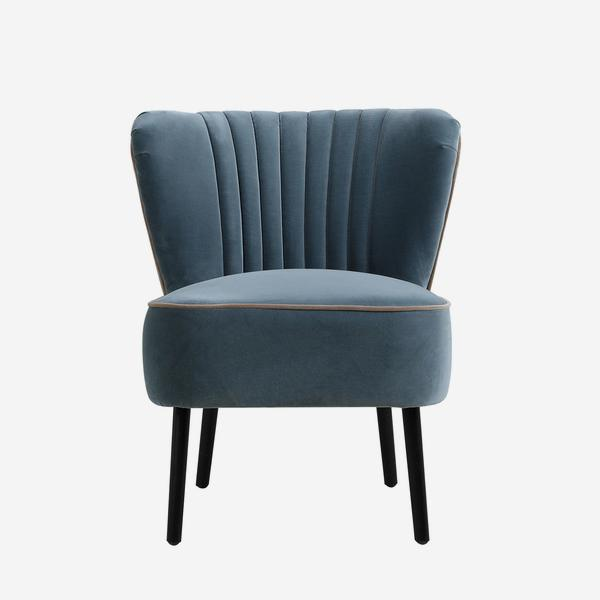 Peggy_Chair_Ocean_Front