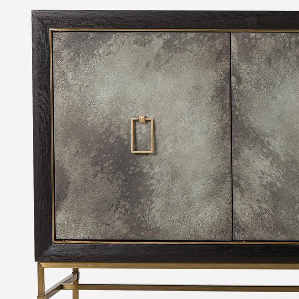 Edith_Cabinet_front