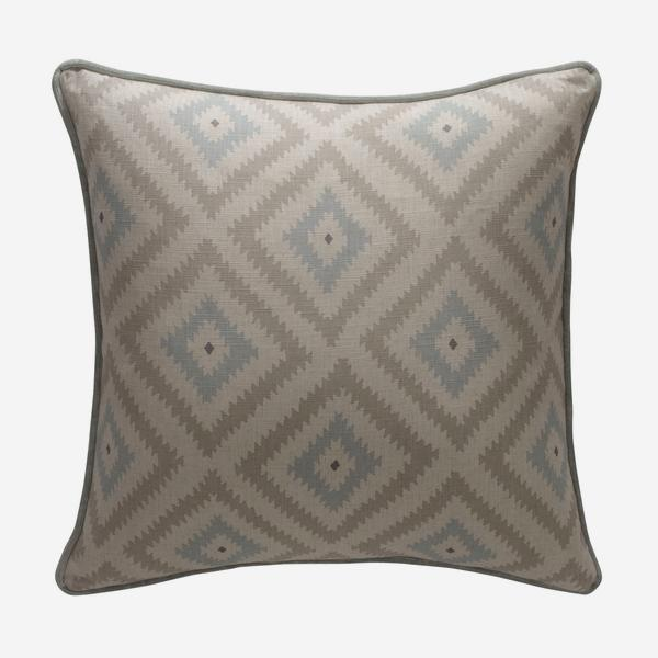 andrew_martin_cushions_glacier_powder_cushion