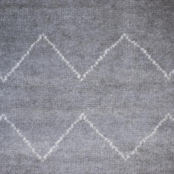 andrew_martin_rugs_kenza_rug_detail_