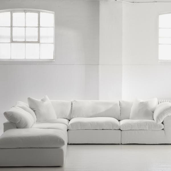 Truman_Sectional_Sofa_Corner_Configuration_Lifestyle_