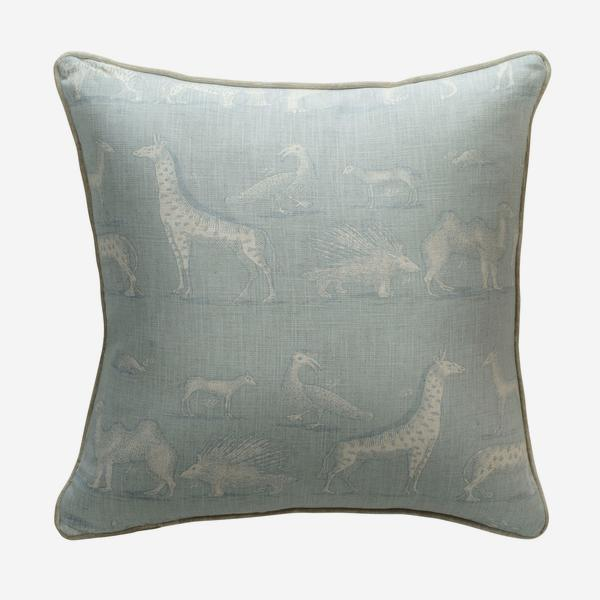 andrew_martin_cushions_kingdom_powder_cushion