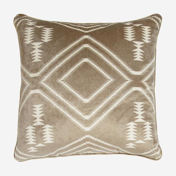 Navaho_Buff_Cushion_ACC2395_