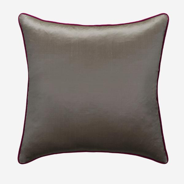 Markham_Silver_Cushion_with_Fuchsia_Piping