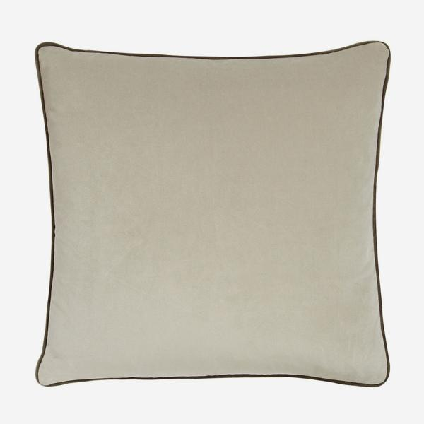 Pelham_Stone_with_Taupe_Piping_Cushion_ACC2618_