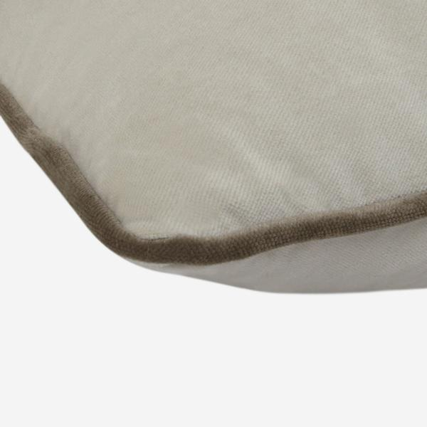 Pelham_Stone_Cushion_with_Taupe_Piping_Cushion_Detail_ACC2618_