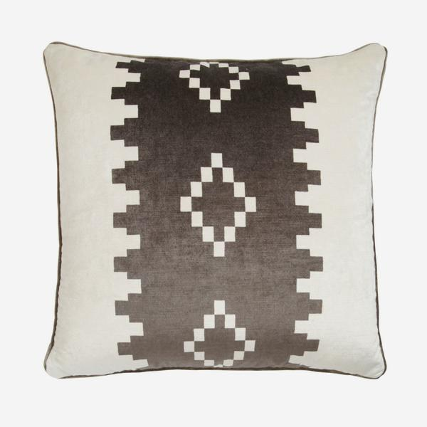 Mohave_Grey_Cushion_ACC2531_