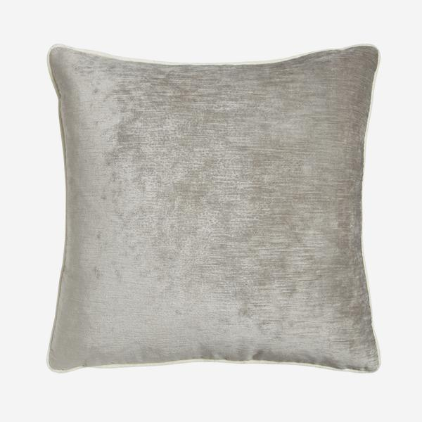 Mossop_Pebble_Cushion_ACC2758_