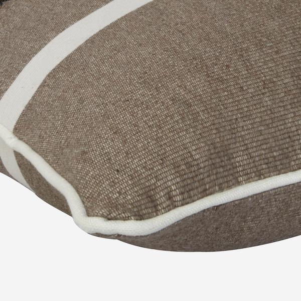 Panama_Taupe_Cushion_Detail_ACC2557_