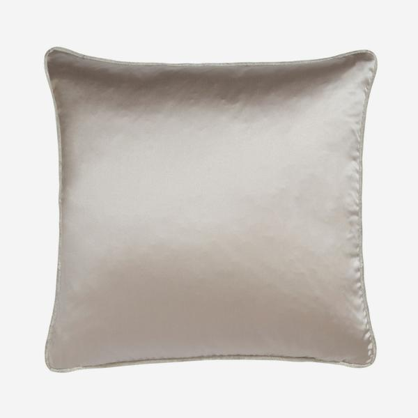 Sebastian_Mist_Cushion_ACC2687_