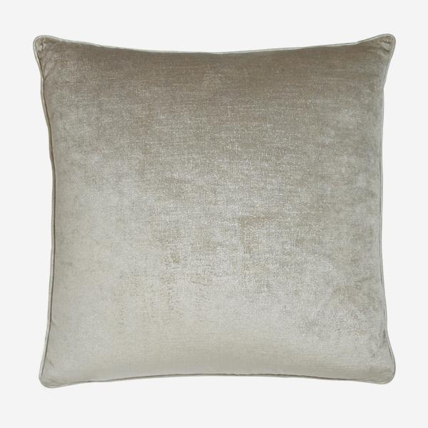 Stardust_Silver_Cushion_ACC2680_