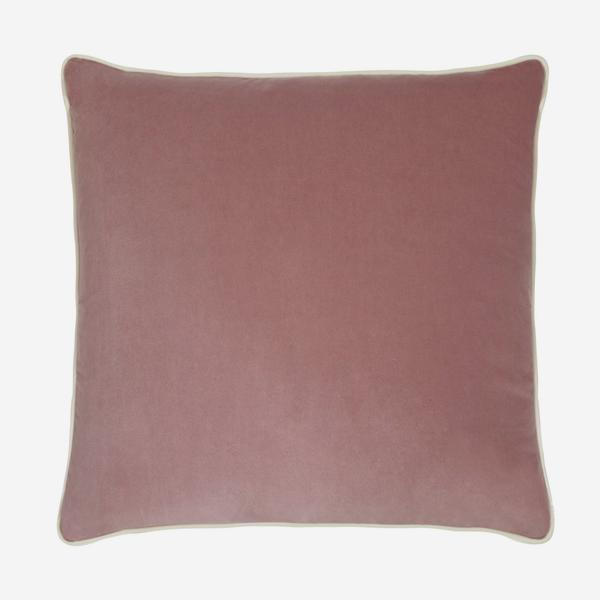 Pelham_Rose_Cushion_with_Milk_Piping_ACC2641_