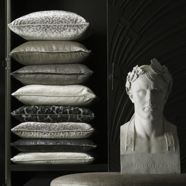 Oval_Stool_Tiesto_Silver_Cushions_Divina_Silver_Tiesto_Silver_Insomnia_Storm_Stardust_Silver_Barbarella_Smoke_Divina_Silver_Python_Steel_Stardust_Silver_Vince_Charcoal