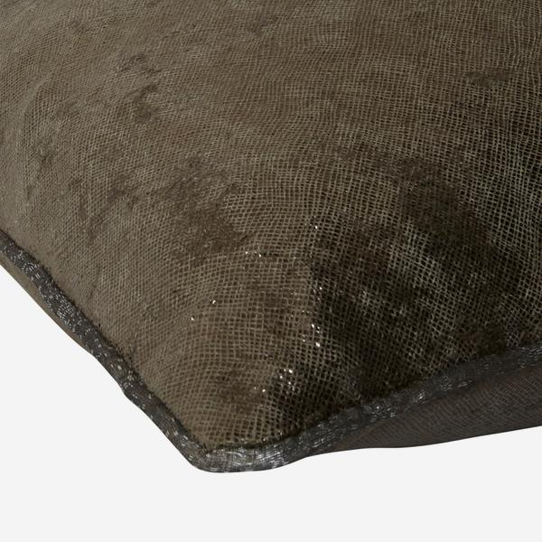 Amnesia_Taupe_Cushion_Detail_ACC2691_