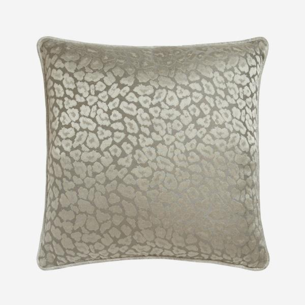 VIP_Taupe_Cushion_ACC2695_