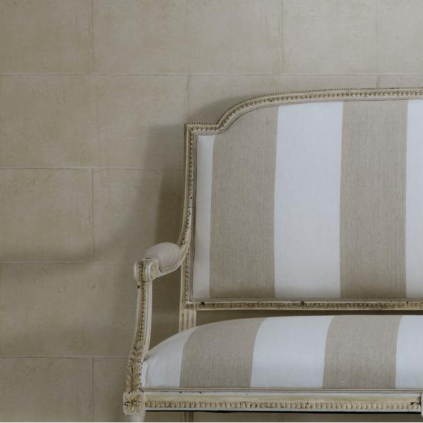 Camelot_Plaster_wallpaper_vintage_bench_in_Bellagio_Neutral_fabric