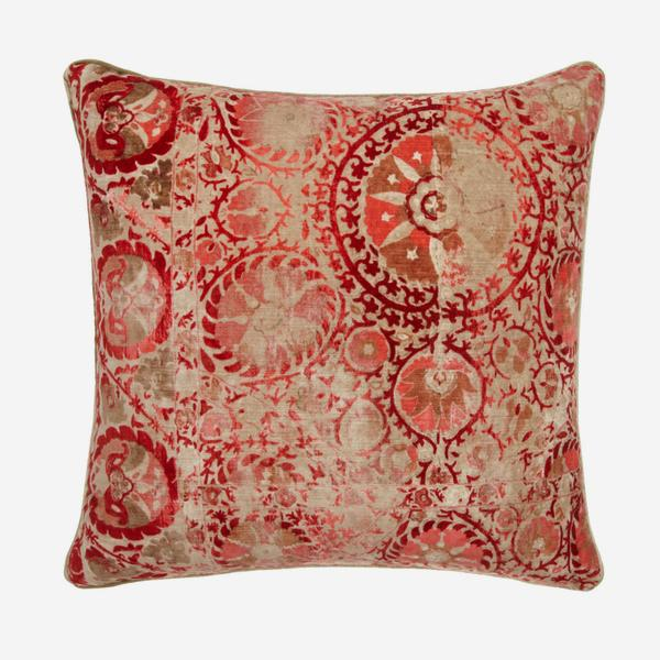 Iznik_Red_Cushion_ACC2535_
