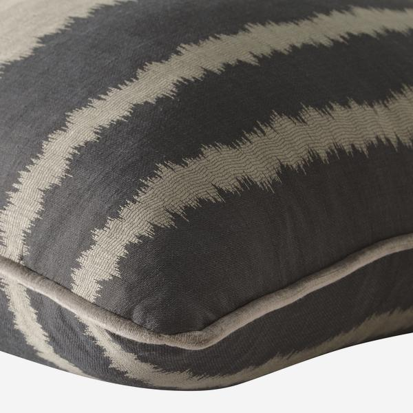 Lowndes_Charcoal_Cushion_Detail_ACC2532_