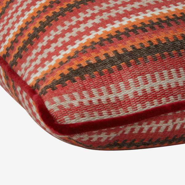 Cuchillas_Multi_Cushion_Detail_ACC2589_