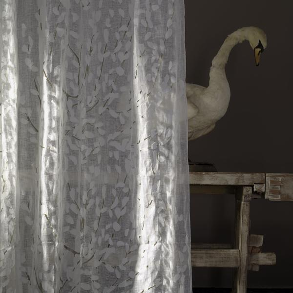 Sheer_curtain_in_Confetti_Silver