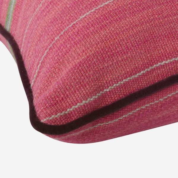Corumba_Pink_Cushion_Detail_ACC2668_