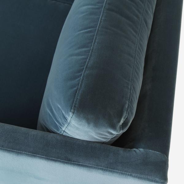 WestwoodPetrol_sofa_detail_01
