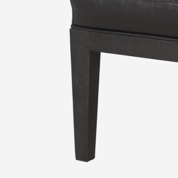 Jessa_Chair_Leg_Detail