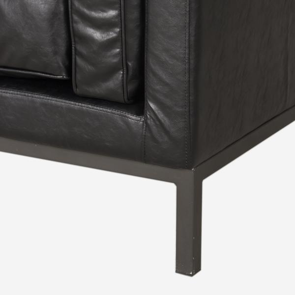 Vox_Chair_leg_detail