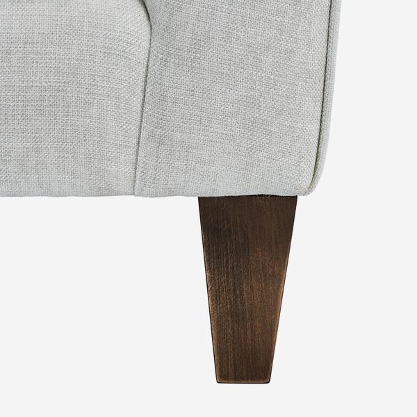 Hannis_Custom_Leg_Detail