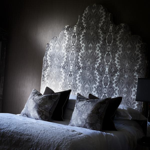 Julia_Headboard_in_Bohemia_Grey_Fabric_with_Ovington_Grey_Piping